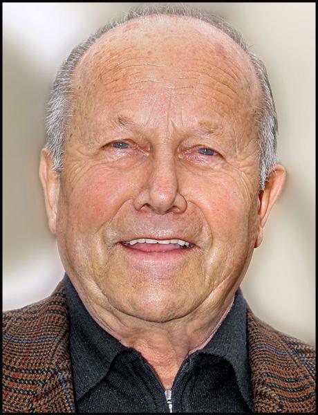 Karl Mauch Senior