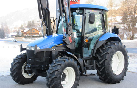 New Holland TD 5020 + Hydrac Frontlader