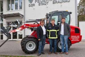 v.l.: Peter Grabner (Gebietsleiter Fa. Mauch), Klaus Litzlbauer (Feuerwehrkommandant Braunau), Bernhard Seidl (WM Verkaufsleiter Fa. Mauch)