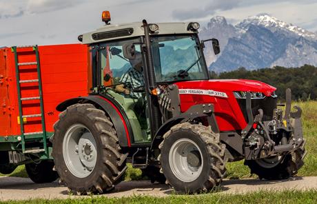 NEU: Kompakter, niedriger 4 Zylinder MF 3700 | 70-105PS